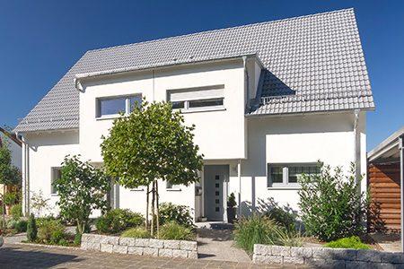Satteldachhaus in Schwaig